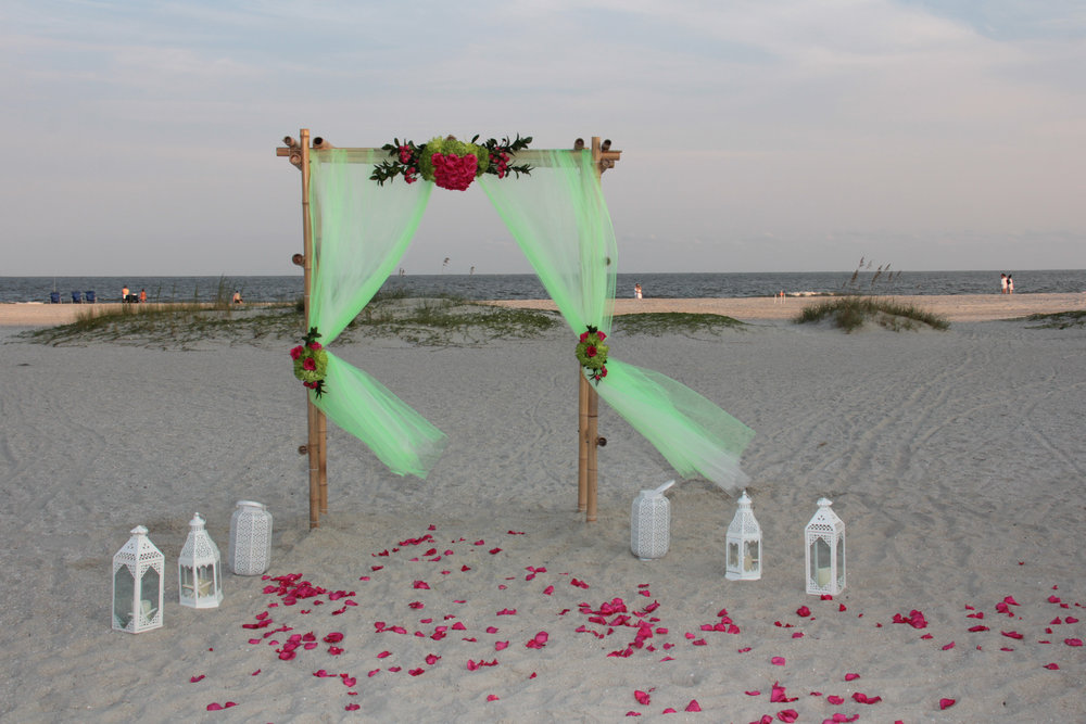 hilton head wedding, wedding packages, wedding flowers, destination wedding, flower arch, beach wedding, wedding arch, pink and green