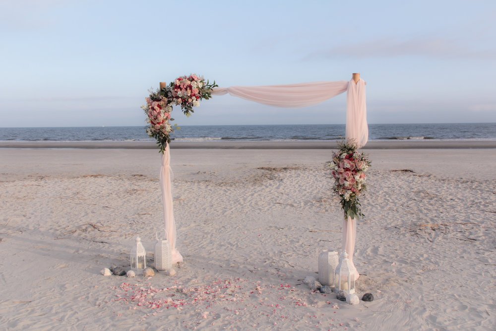 Hilton Head wedding, wedding packages, wedding flowers, destination wedding, beach wedding, Flower arch, wedding arch, pink