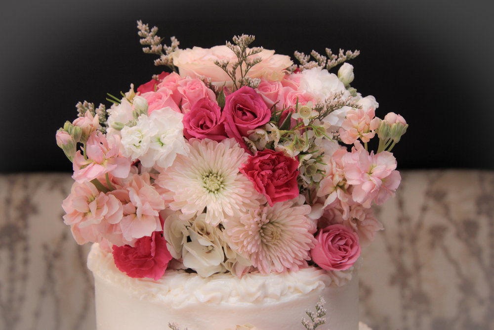 Hilton Head wedding, wedding packages, wedding flowers, destination wedding, flower cake topper, pink