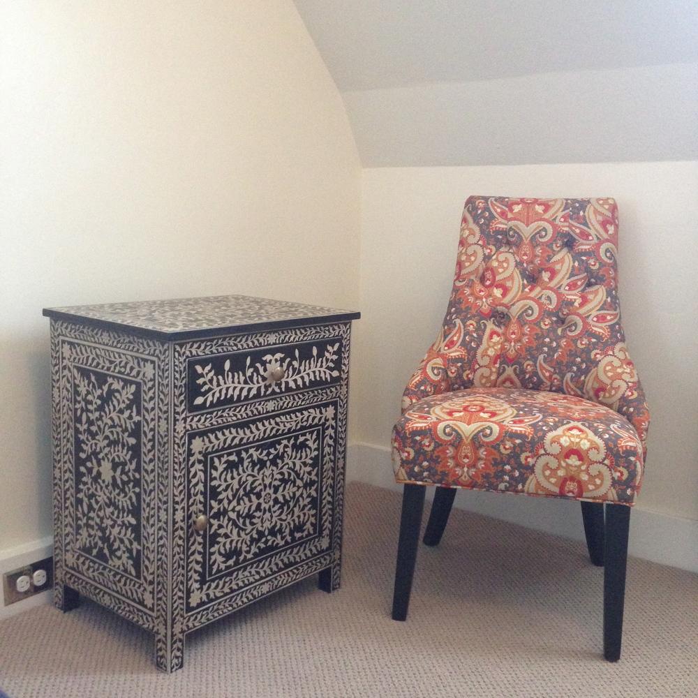 Queen Room - Sitting Area