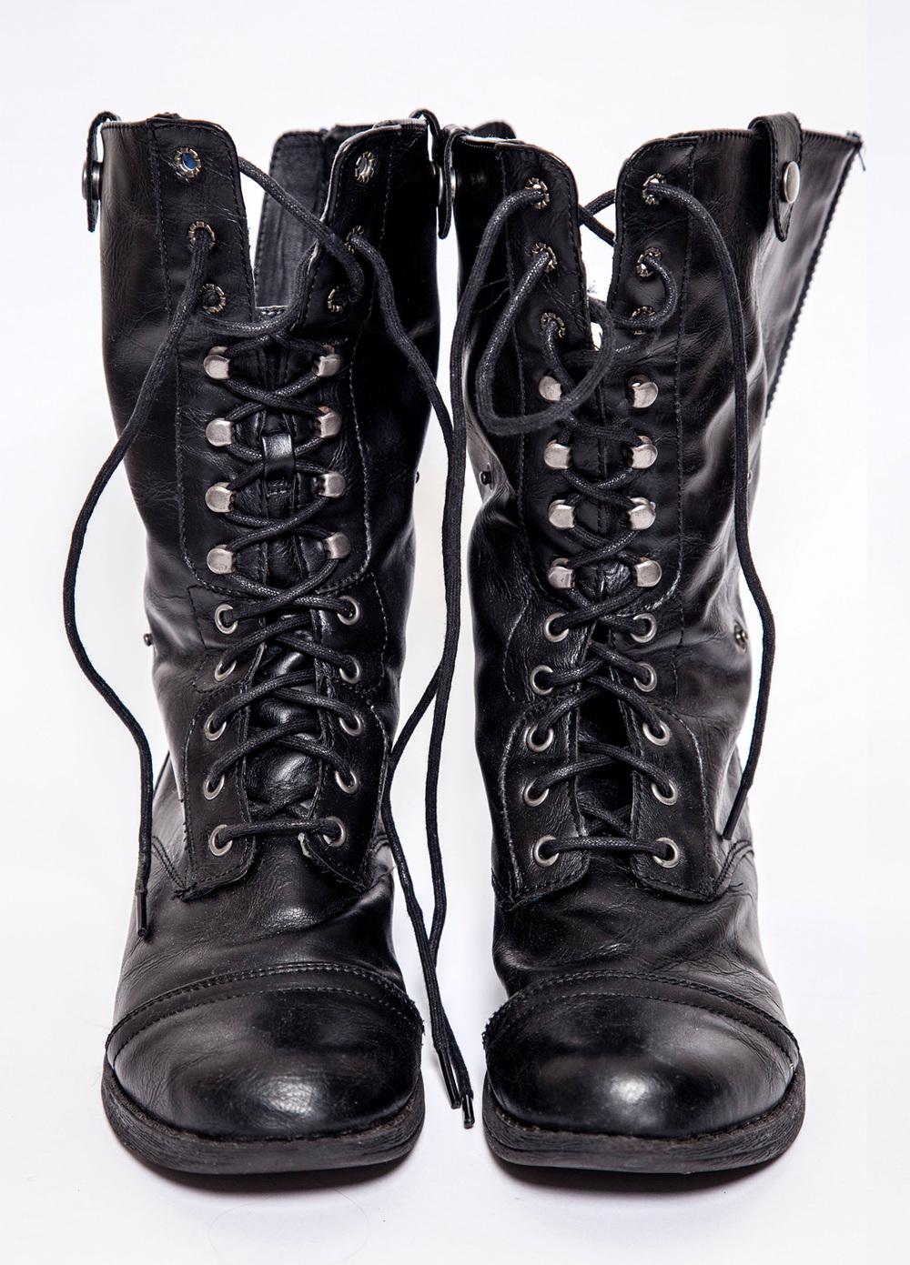 1500px300DPI_Boots.jpg