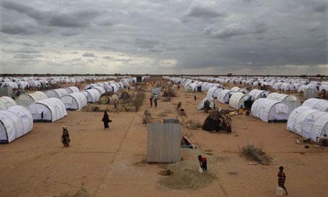 Бежанският лагер Dadaab в Кения. Тук бежанците редовно вземат активно участие в работилниците по хуманитарни иновации.