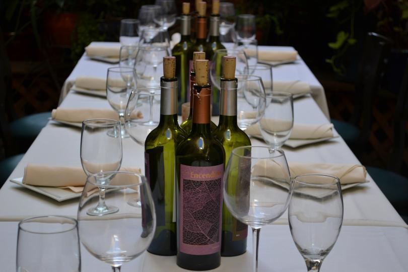 Encendido Wine, label designed by Lisa Goesling