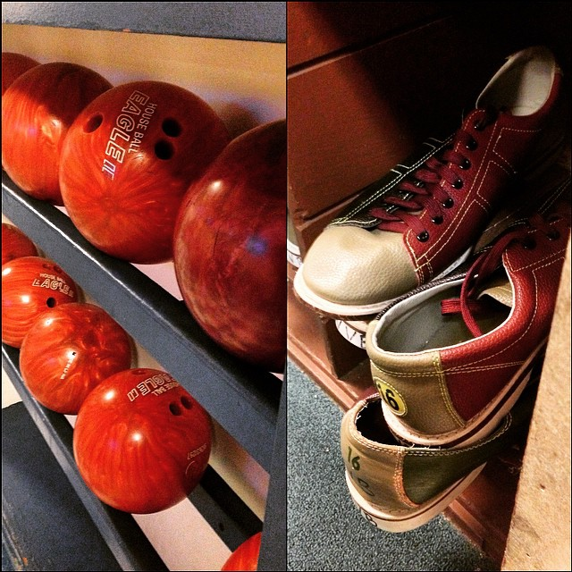 It's $1 day at West Valley Bowl! $1 a Game and $1 for Shoes per person. Bring down the whole family and enjoy our lowest rates of the week! #bowling #DollarDay #WestValleyBowl #TracyCalifornia