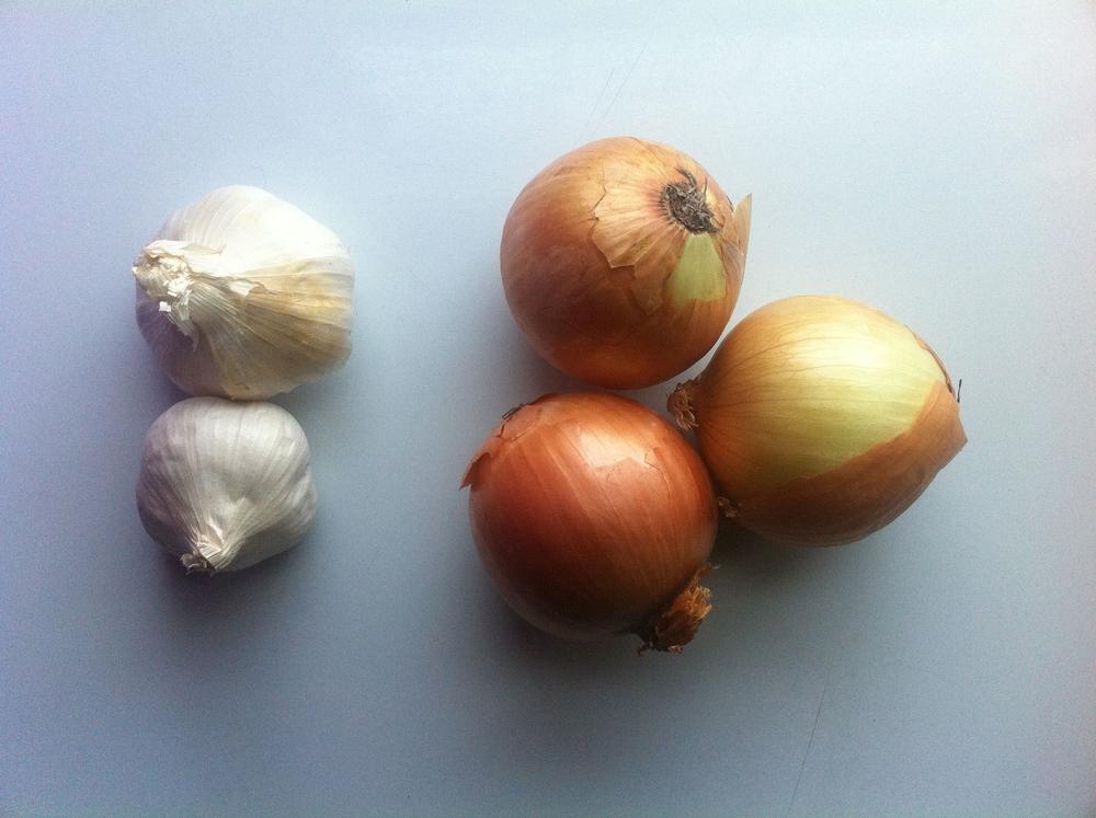 Food Prep 101: Garlic & Onions