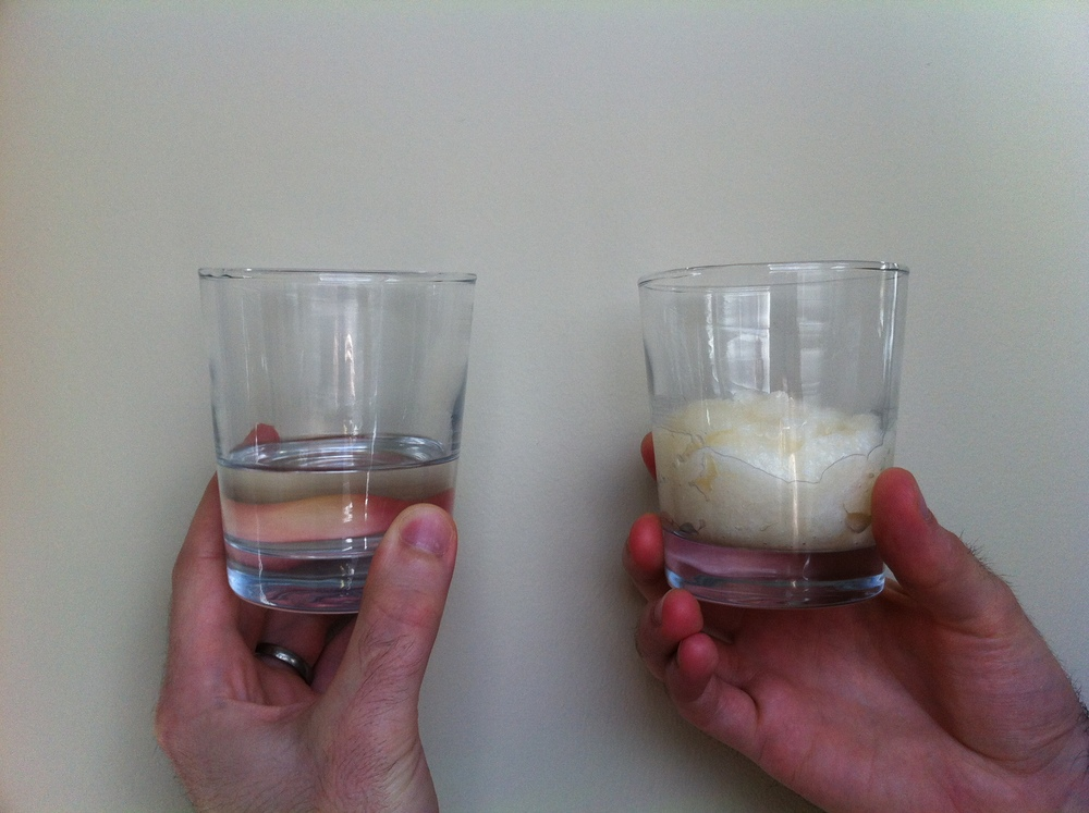 Left: MCT oil (AKA Liquid Coconut oil or Fractionated Coconut oil. Right: Pure Coconut ol