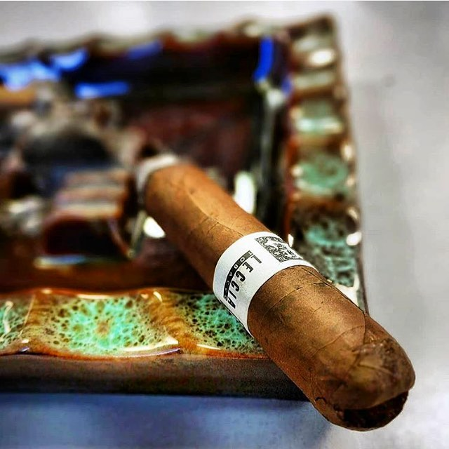Photo by @bigsixchris #lecciatobacco#cigar#cigars