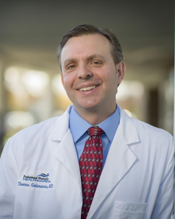 Dr Giebmanns 2013 closeup (2).jpg