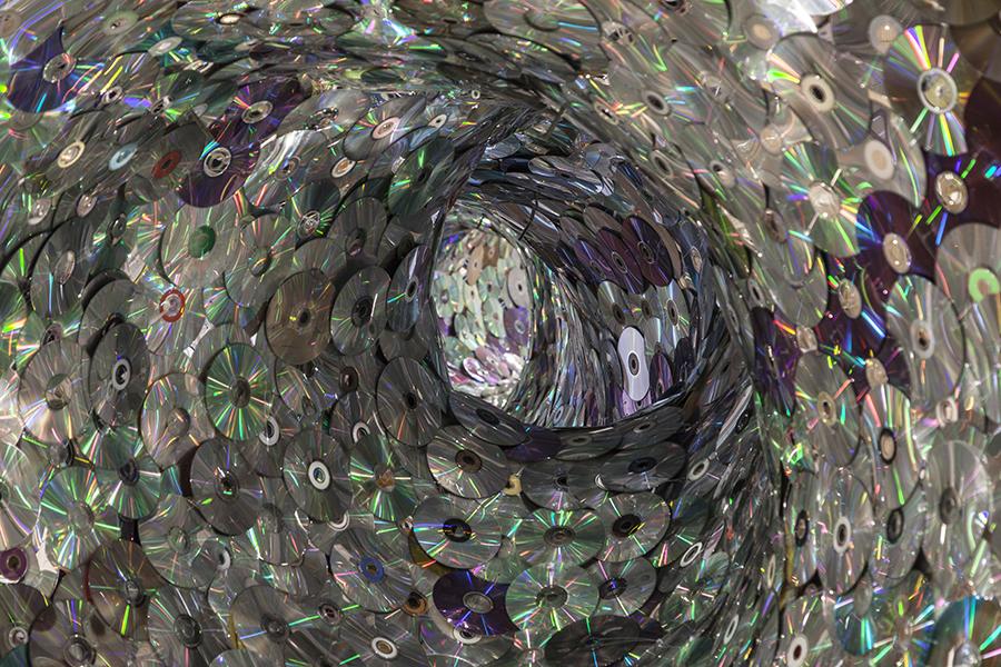 Tesseracts 1 600x900.jpg