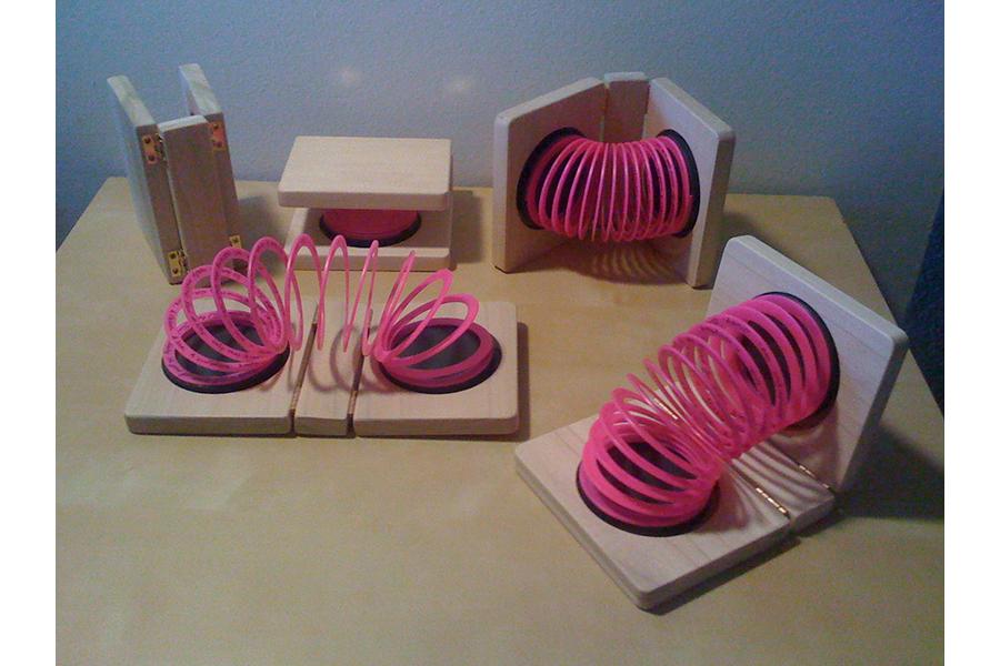 Slinky book 1 600x900.jpg