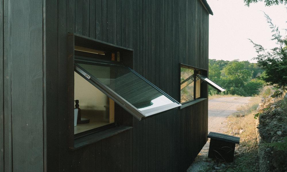 Elsewhere-Cabin-A-041.jpg