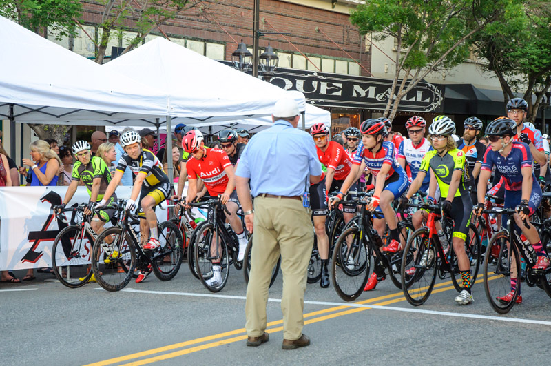 tour-de-bloom-may-7-2016-evening-crit---164_26880425221_o.jpg