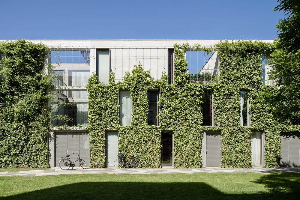 amsterdam-modern-architecture-facade-het-funen-mark-hadden-photography-architectuurfotograaf-037.jpg