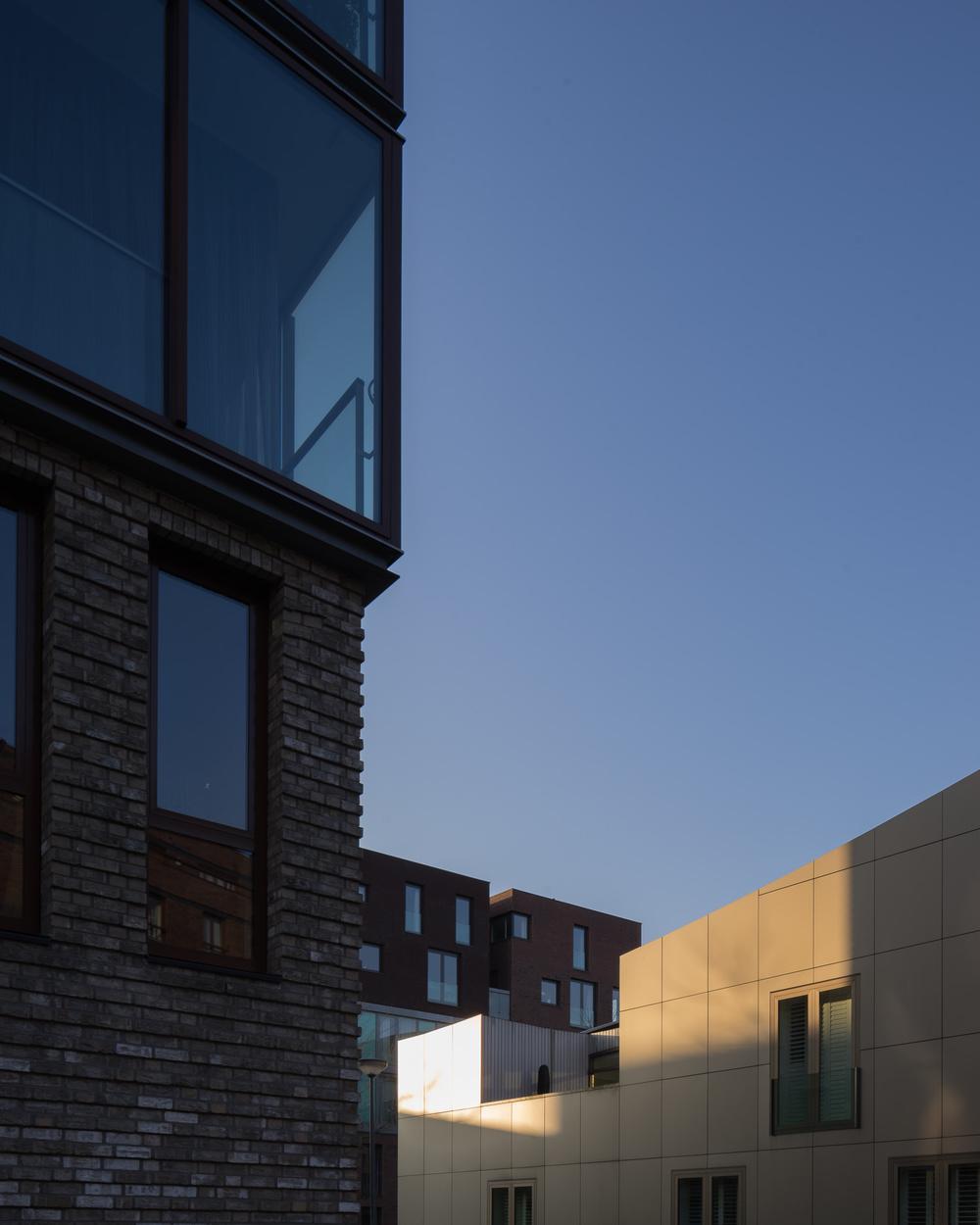 amsterdam-modern-architecture-facade-het-funen-mark-hadden-photography-architectuurfotograaf-005.jpg