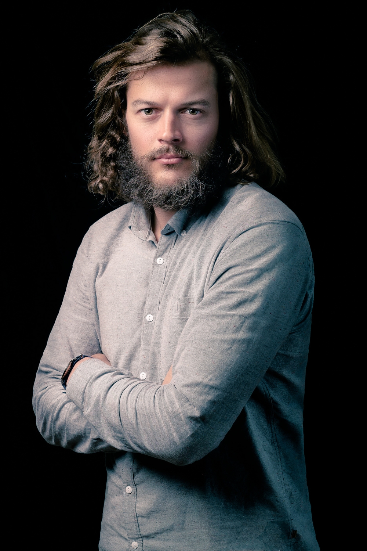 amsterdam-headshot-portrait-zakelijk-bedrijf-portret-mark-hadden-photographer-fotograaf--3.jpg