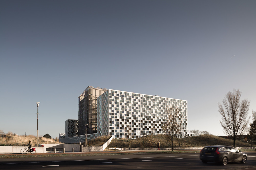 biew from the highway of the icc den haag by mark hadden architecture photographer