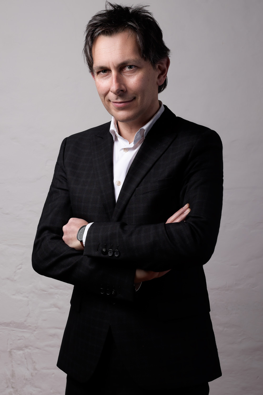 zakelijk-portret-portretfotografie-fotoshoot-mark-hadden-amsterdam-headshot-business-portrait-482.jpg