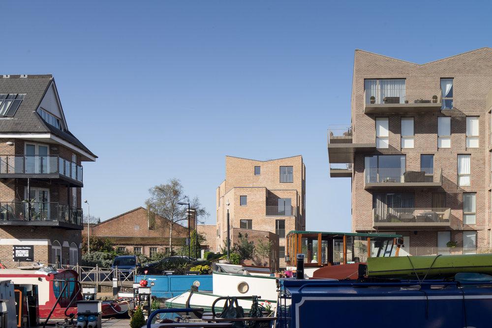 mikhail-riches-brentford-lock-mark-hadden-architecture-photographer-architectuur-fotograaf-053.jpg