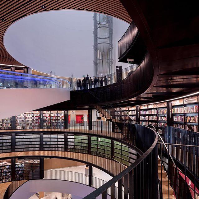 Interior Birmingham Library. @mecanoo_