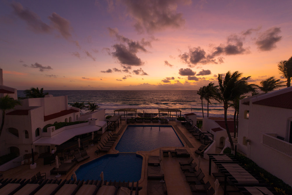 2015-11-20 Cancun 06.46.58.jpg