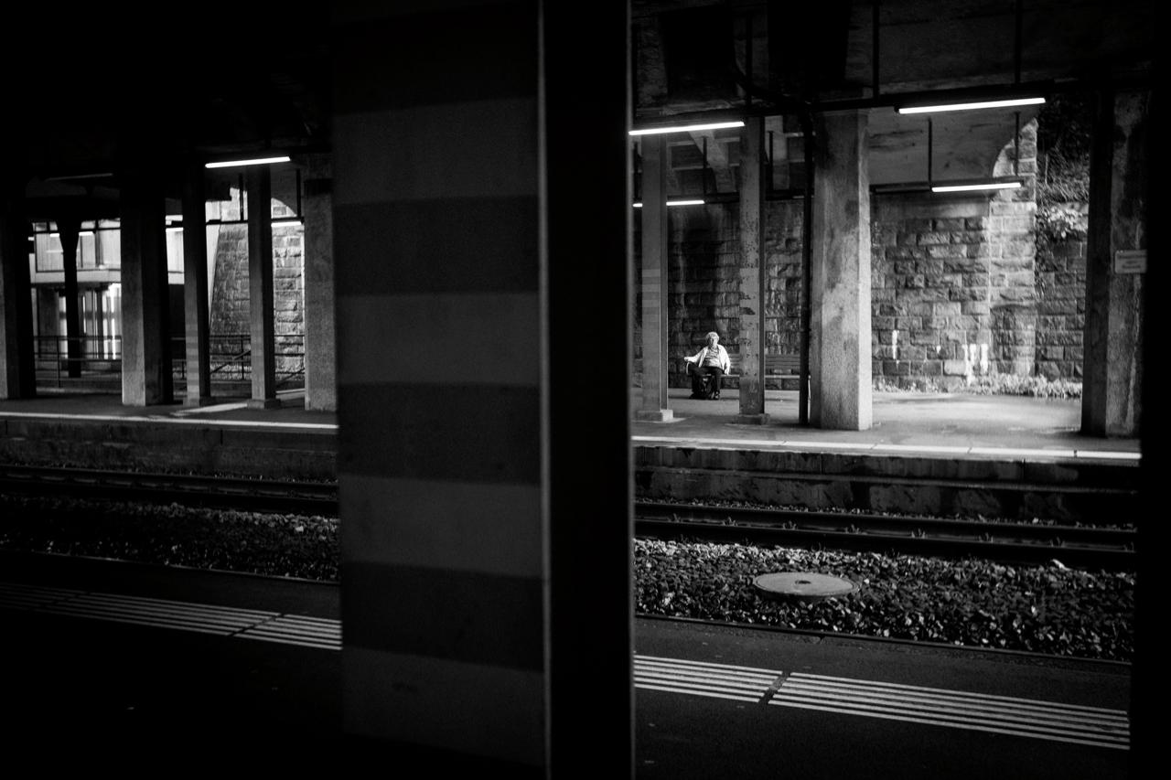 Zürich Schwarz / Weiss! Wunderschöne Aufnahme. Bahnhof Enge, wenn ich mich nicht täusche. Bild von wernergryffenberg . Mit einer Leica M9. (super Kamera)