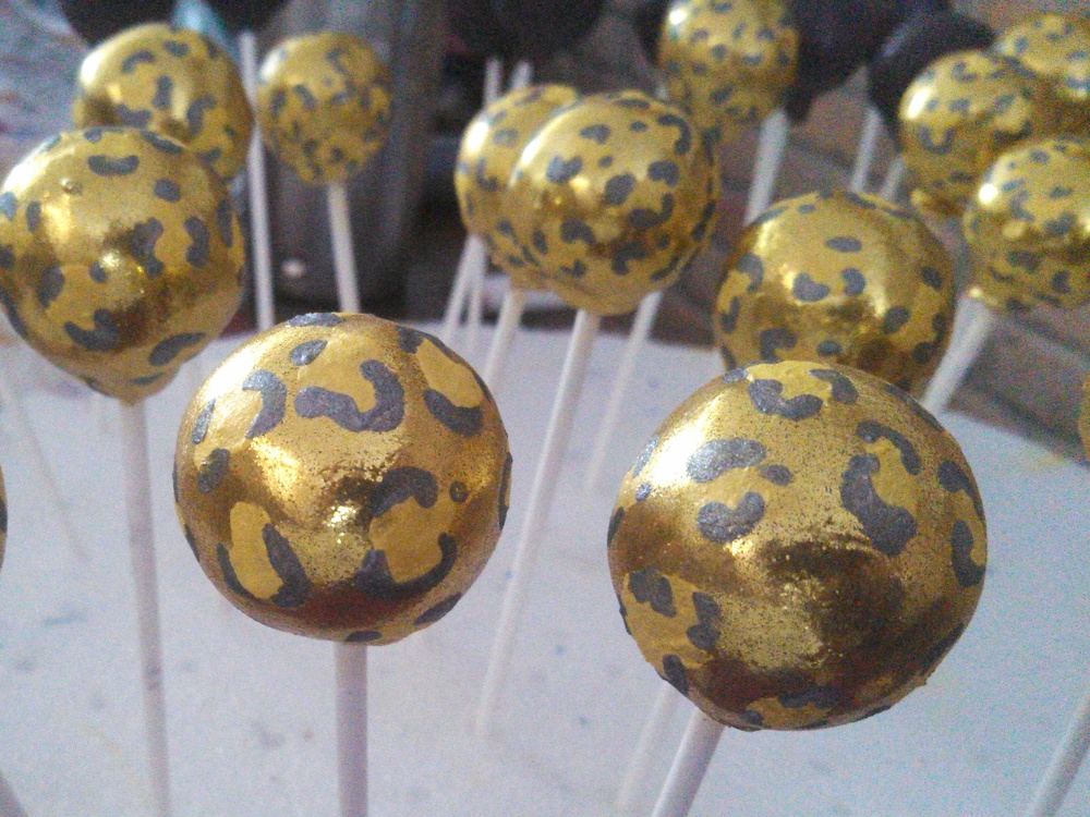 Cheetah Cake Pops.jpg