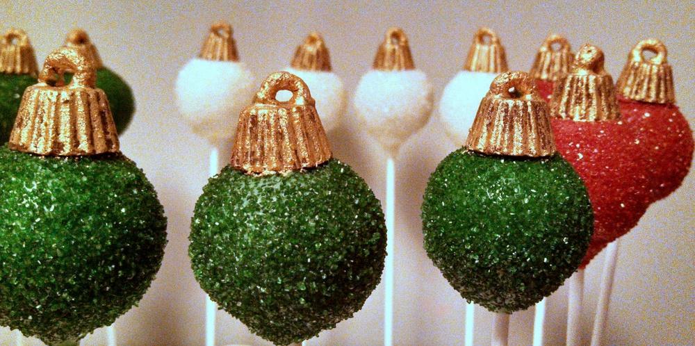 Christmas Ornament Cake Pops.jpg