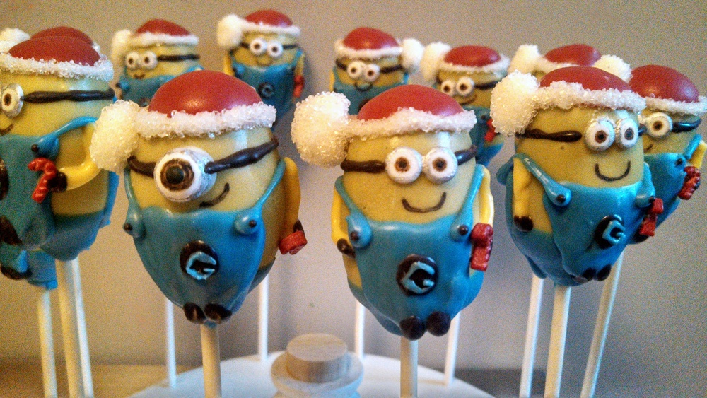 Holiday Minions.jpg