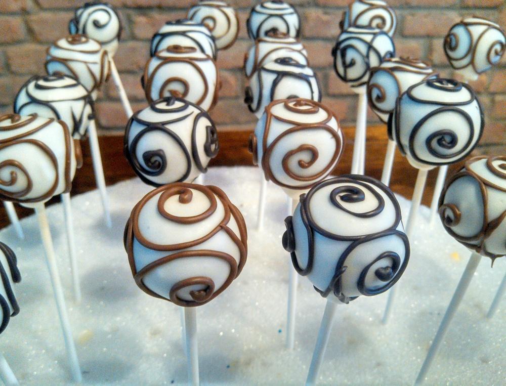 Swirl Cake Pops.jpg
