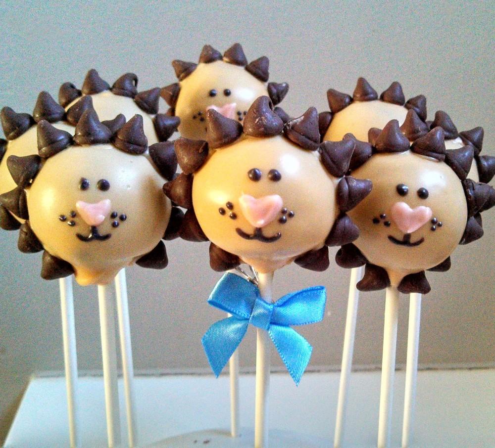 Lion Cake Pops.jpg