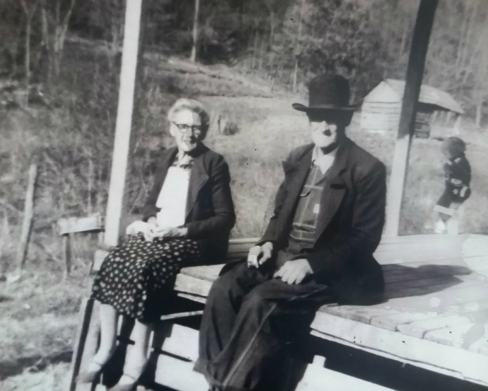 (Great Grandma & Pa Penley:  Melvina and James)