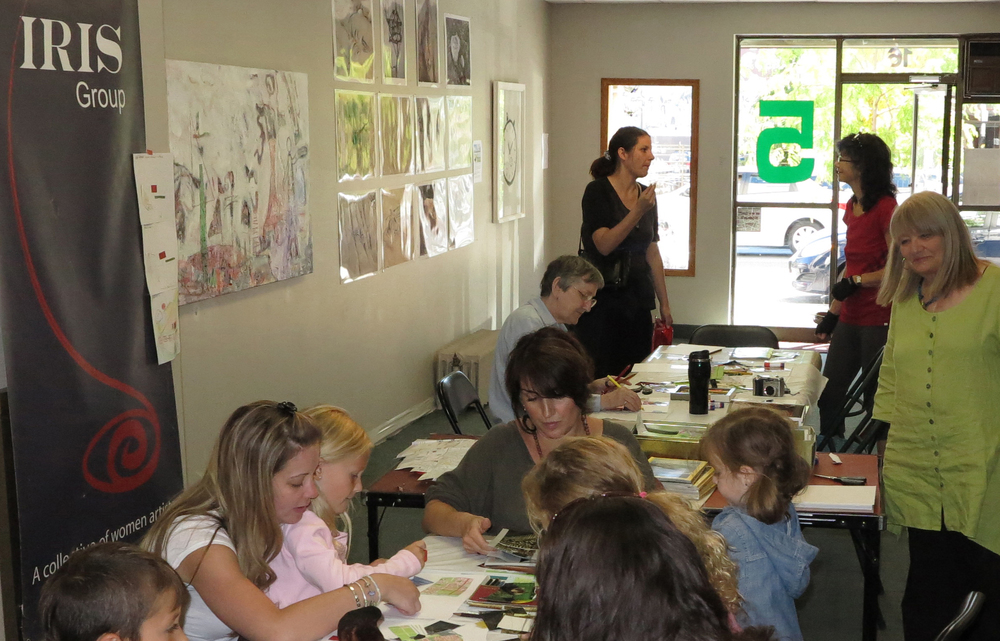 Rowena Dykins will teach Japanese Brush Painting.