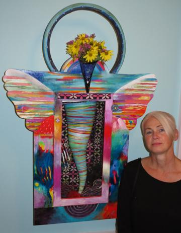Lynne McIlvride, Blooming Tornado!
