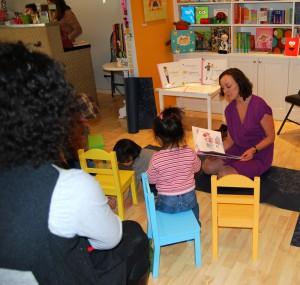 Urba Baby reading