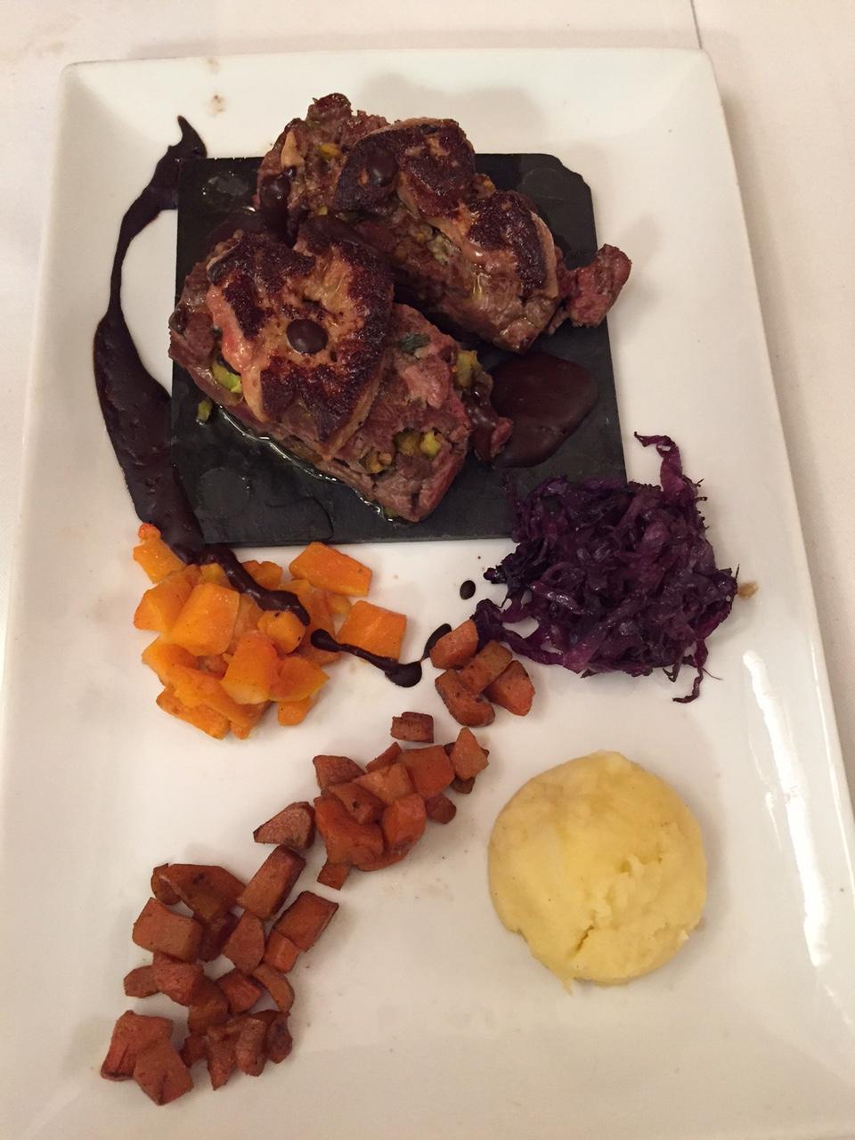 l'estaminet 4 duck tartare with foie gras.jpg
