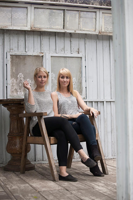 Janina&Nina_1b.jpg