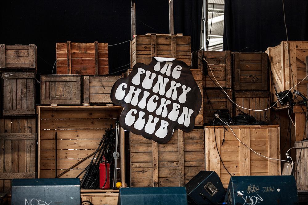 Funky-Chickenb.jpg