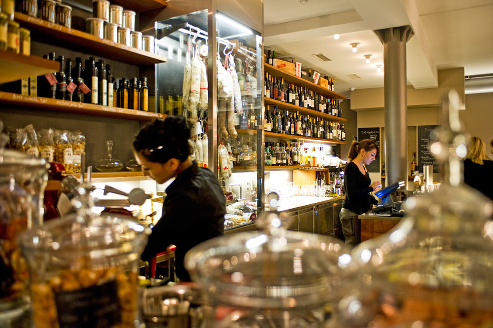 CONSUM - Wine Bar