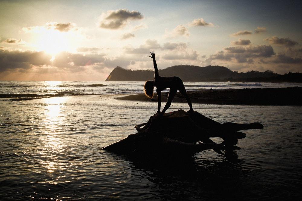 Lindsay-Yoga-03.jpg