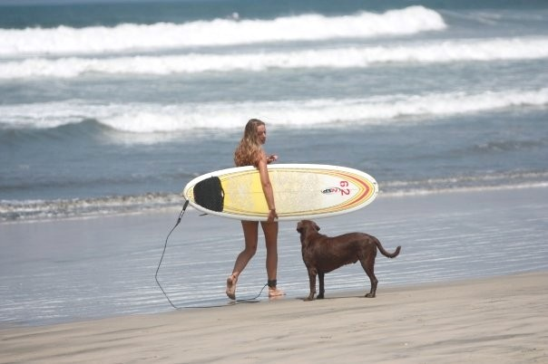 surfing in sámara.jpg