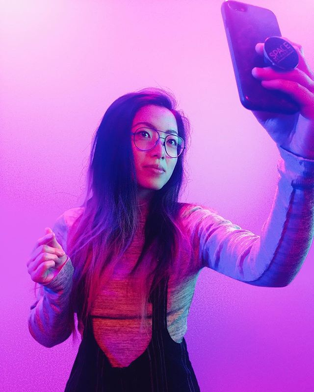 🤳🏼 #nofilter I photo by @maellecollin . . . . #tuesdayvibes #amexlife #transformationtuesday #mood #fun #selfie #me #pink #portrait #industrianyc #iphoneonly #nyc #studio