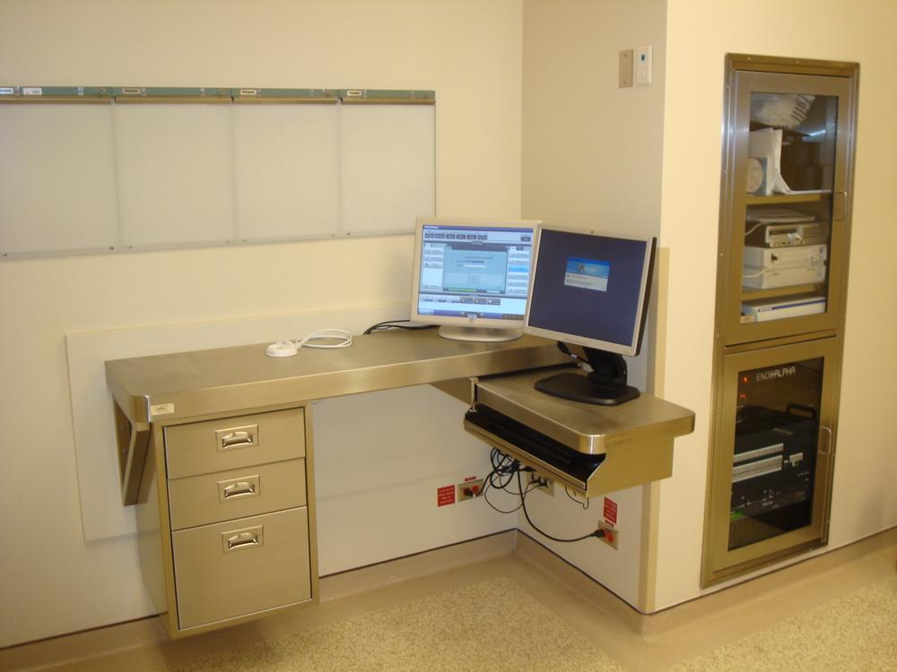 nurse's desk 1.JPG