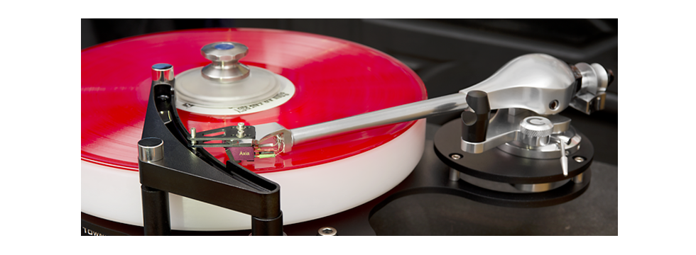 Helius-ALEXIA-TURNTABLE-angle-at-Wes-Bender-Studio-NYC-Wes-Bender-copyright-2013-widecrop.png