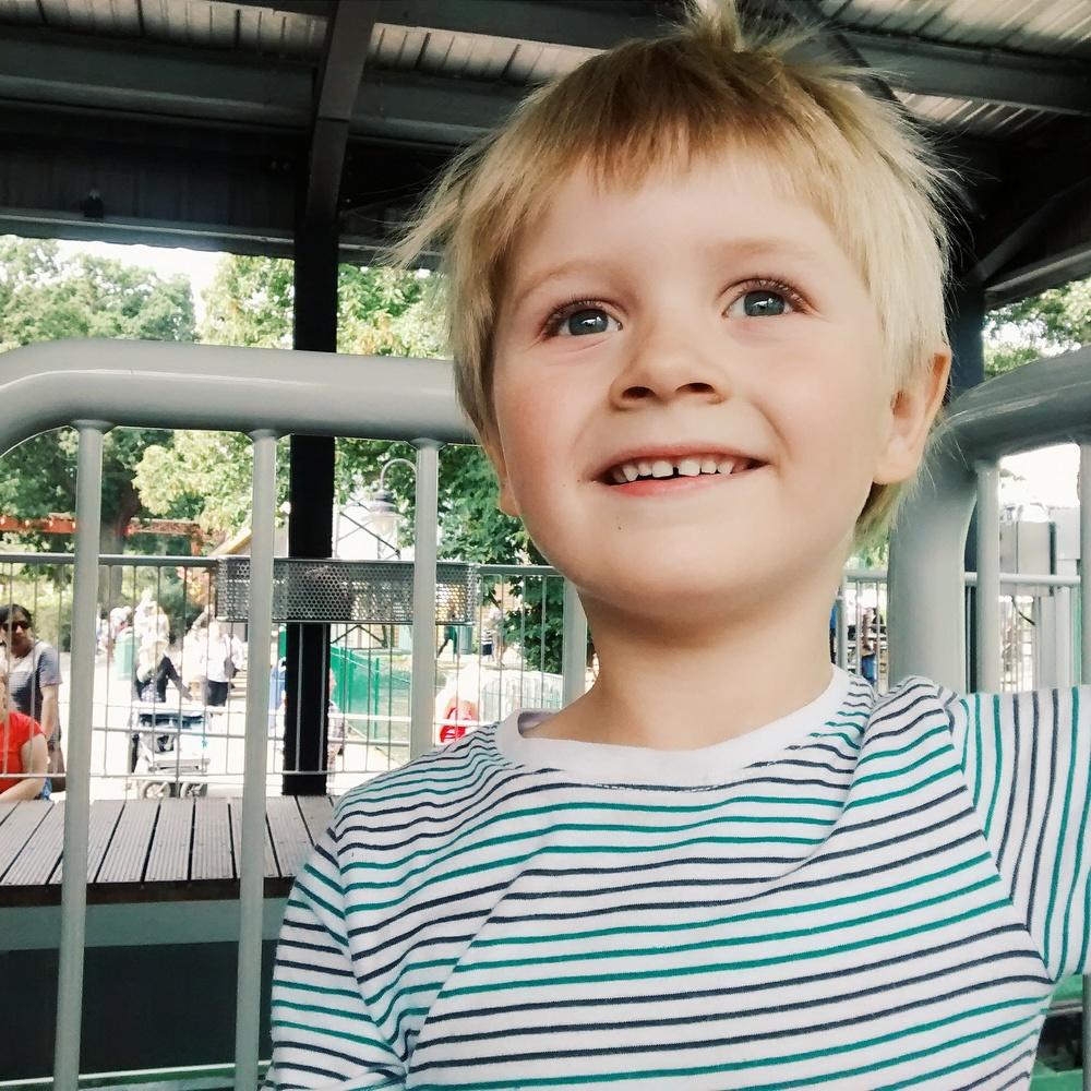 Day 29 - Drayton Manor theme park