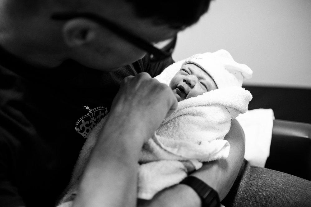 Birth Photographer Documentary Photography Newborn Baby Hospital Family - Jenny Harper-22.jpg