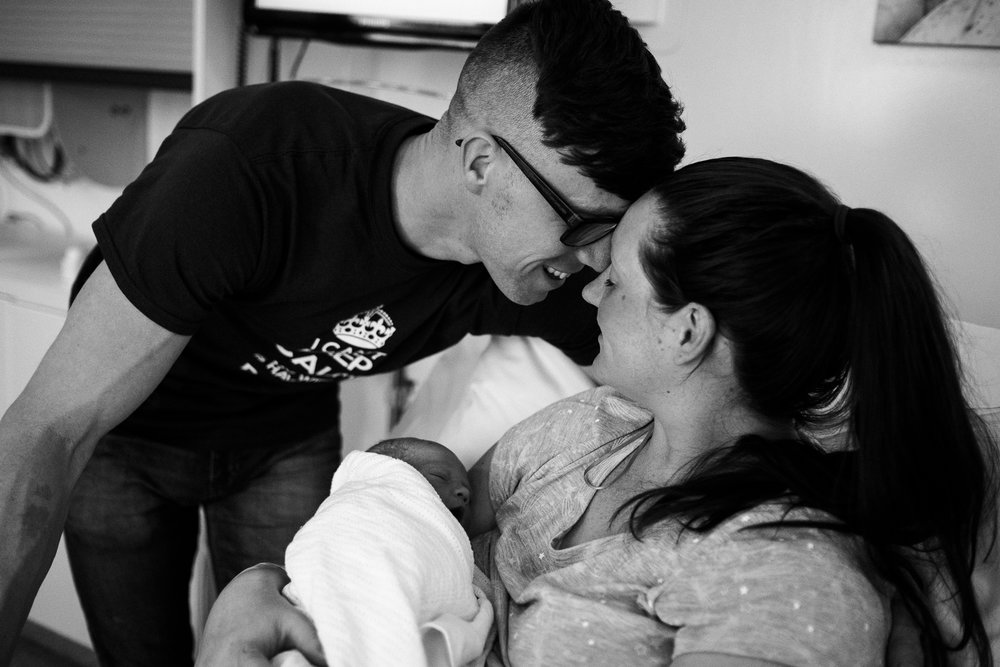 Birth Photographer Documentary Photography Newborn Baby Hospital Family - Jenny Harper-38.jpg