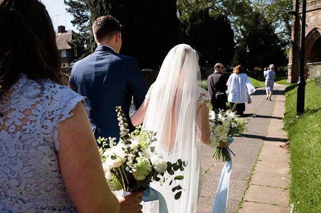 Sunny wedding arrival