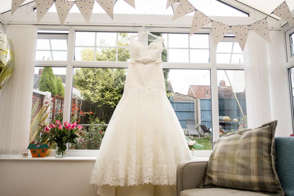 Staffordshire Documentary Wedding Photography Sunny Summer Wedding Lavender Baden Hall - Jenny Harper-7.jpg