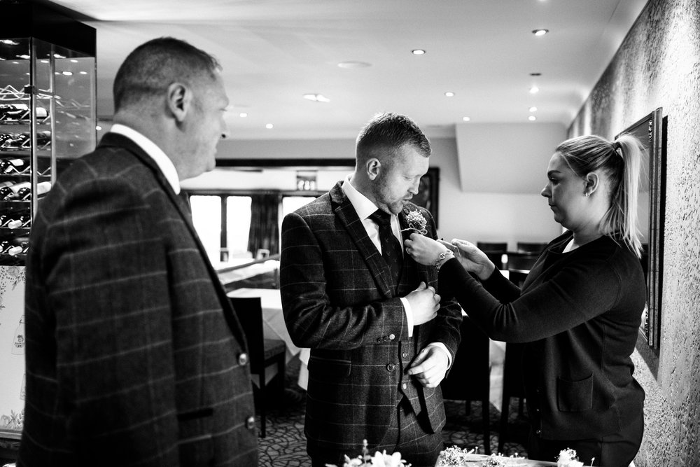 Autumn Wedding Photography at The Three Horseshoes, Blackshaw Moor, Staffordshire Moorlands - Jenny Harper-13.jpg