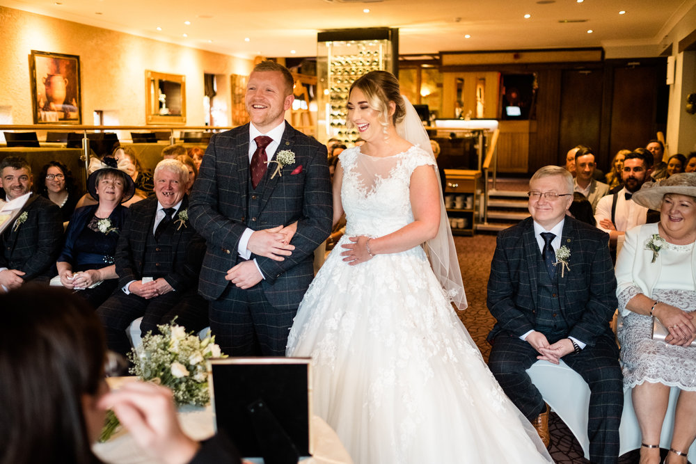 Autumn Wedding Photography at The Three Horseshoes, Blackshaw Moor, Staffordshire Moorlands - Jenny Harper-24.jpg
